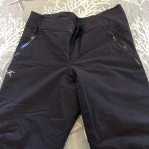 NWOT Arcteryx W's Size 8 rgl Gortex Snow Pants
